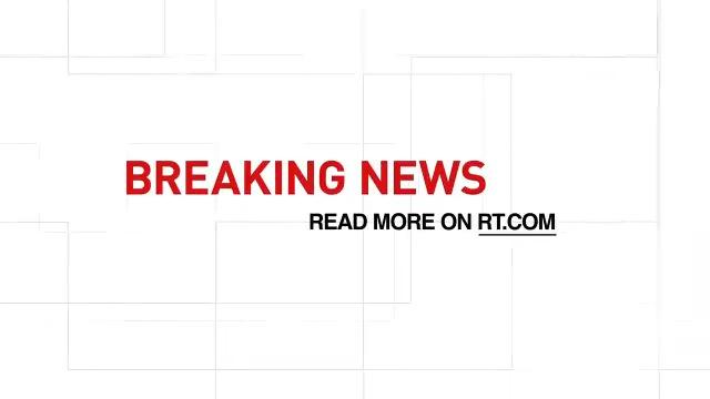 #Pakistan passenger plane traveling from #Lahore to #Karachi crashes near airport – local media #BREAKINGonRT DETAILS: on.rt.com/ahnm