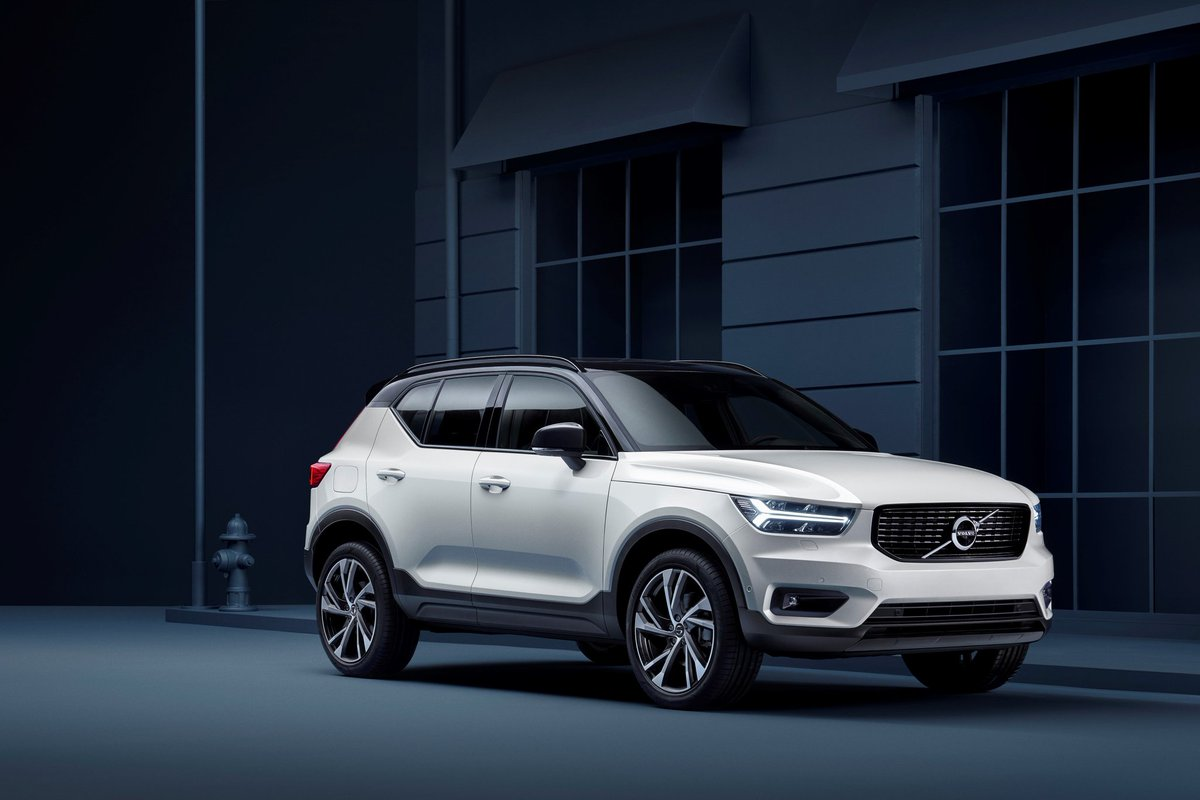 The Every #Volvo model Now comes with a 180 KM/H #Speed limit & care Key For safety purpose. pic.twitter.com/ItC4Tjlol8