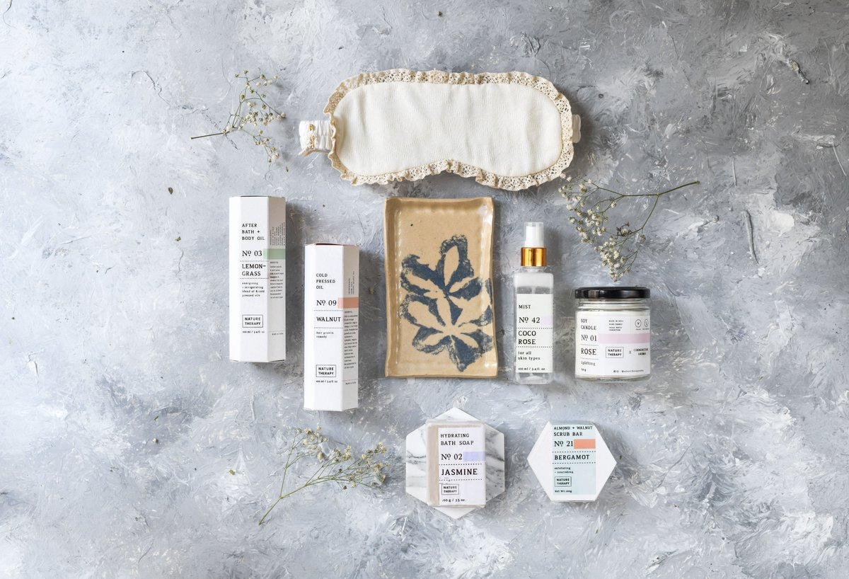 Sponsored: Everything about 2020 stinks. Let @NatureTherapyIn have you smelling like roses in the meantime. This small-batch-big-love apothecary makes non greasy cold-pressed oils; marvellous mists & soap bars. Shop at naturetherapy.co.in. bit.ly/3ebxsyd.