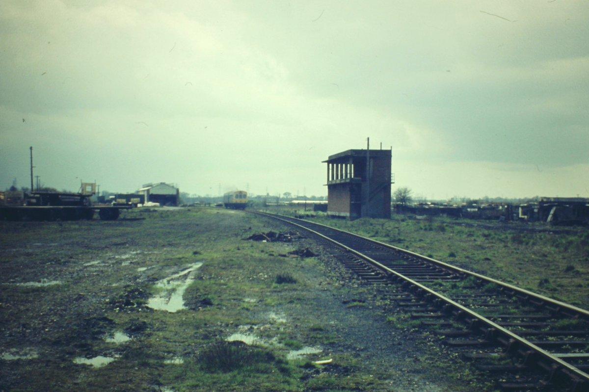 EYoD2i WAAAd6gG?format=jpg - Tinpot Railways: Terminal decline #2