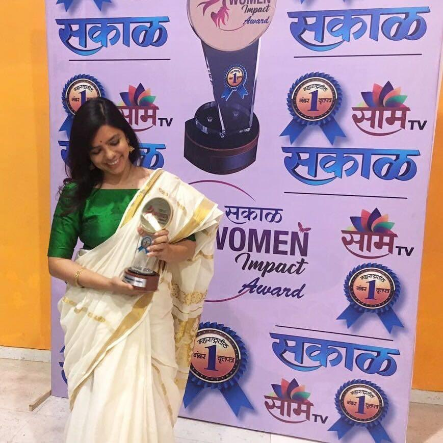 @YourStoryCo & @sakal women achiever's awards on auction. To put everything at stake to help revive a river, to build a school, to make a village sustainable. These awards embody my life's work & effort. Proceeds to be used to buy Covid19 test kits.@kunalkamra88