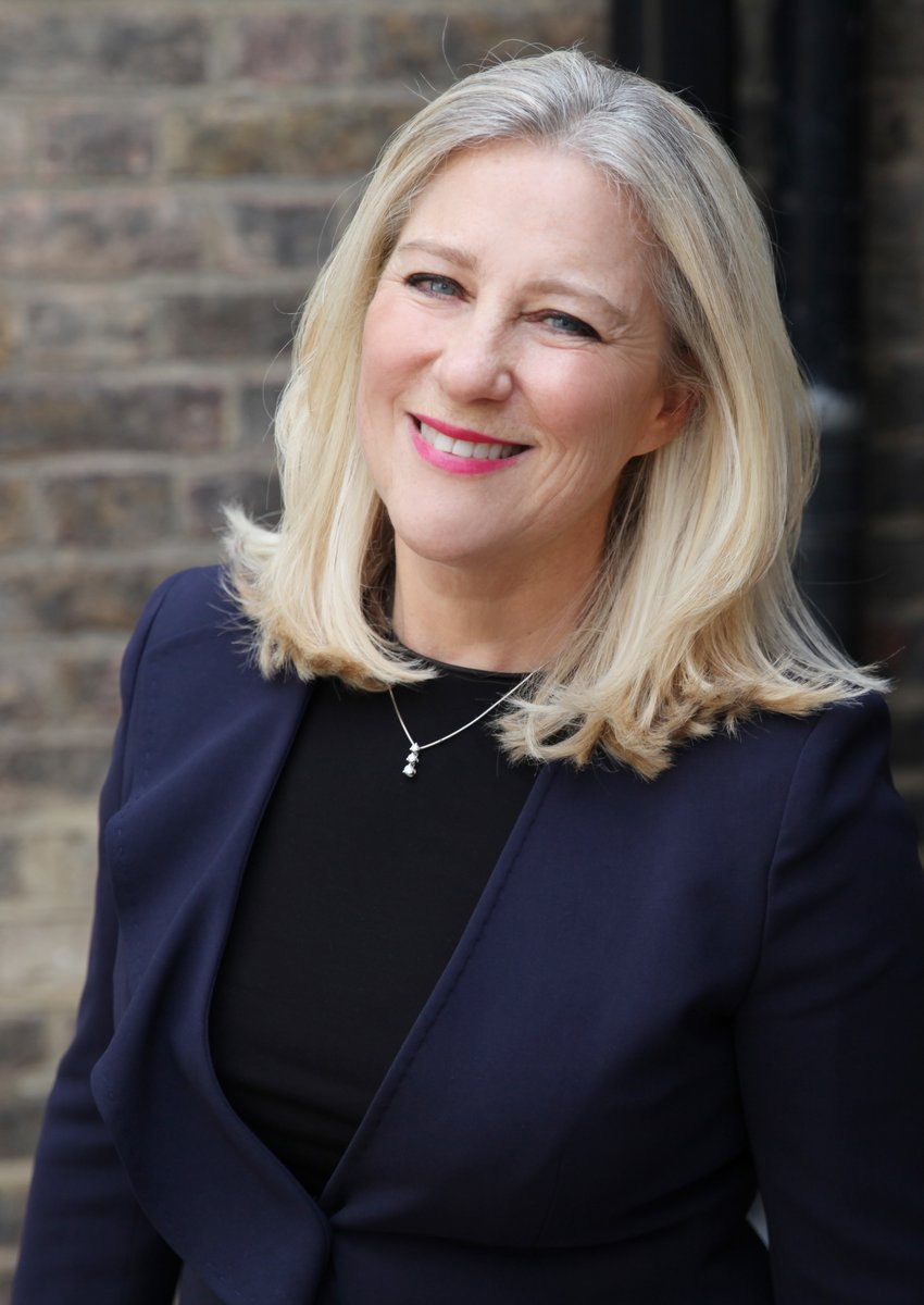 In todays update from Chair of the Bar, Amanda Pinto QC: over 200 letters have been sent to MPs to #MakeTheCase, plus observations from the first new jury trials, more detail on safe courts, civil lists + more. Check your inbox or read it here: r1.dmtrk.net/4CGD-UCZY-DA1B…