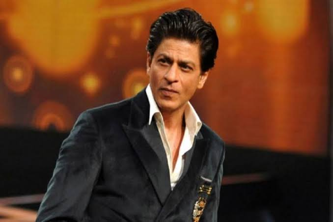 """From """"20rs"""" to """"World's 2nd Richest Actor"""" From """"No one"""" to """"WORLD'S BIGGEST MOVIESTAR From """"Alone"""" to the """"KING OF HEARTS"""" From """"no one"""" to """"Representing India WORLDWIDE"""" Shah Rukh Khan makes us believe that NOTHING IS IMPOSSIBLE <br>http://pic.twitter.com/puAHMBwKmp"""