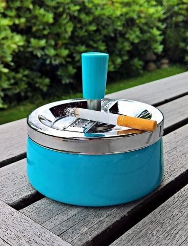 Fumar, terrazas y uso de mascarillas: una combinación que aumenta el riesgo de contagio de la COVID-19 https://t.co/OfatL4nPAt  #SEPARrespira #covid19 #tabaco #fumar https://t.co/ddy6SxWVee