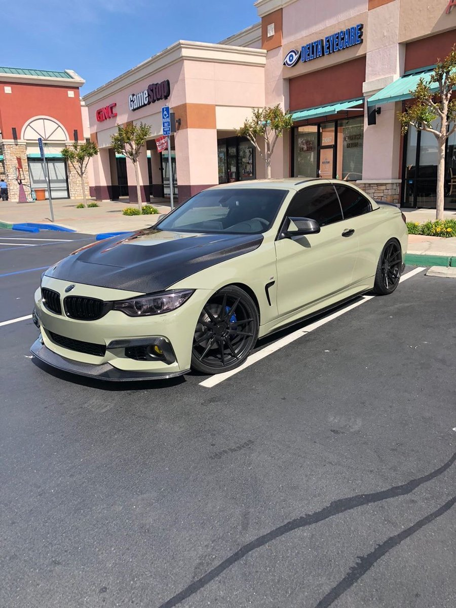 Happy Friday y'all!  Owner's insta: f33_emesa  Follow for more daily car content!  #photocargenic #bmw #f33pic.twitter.com/h7PrSD87dr