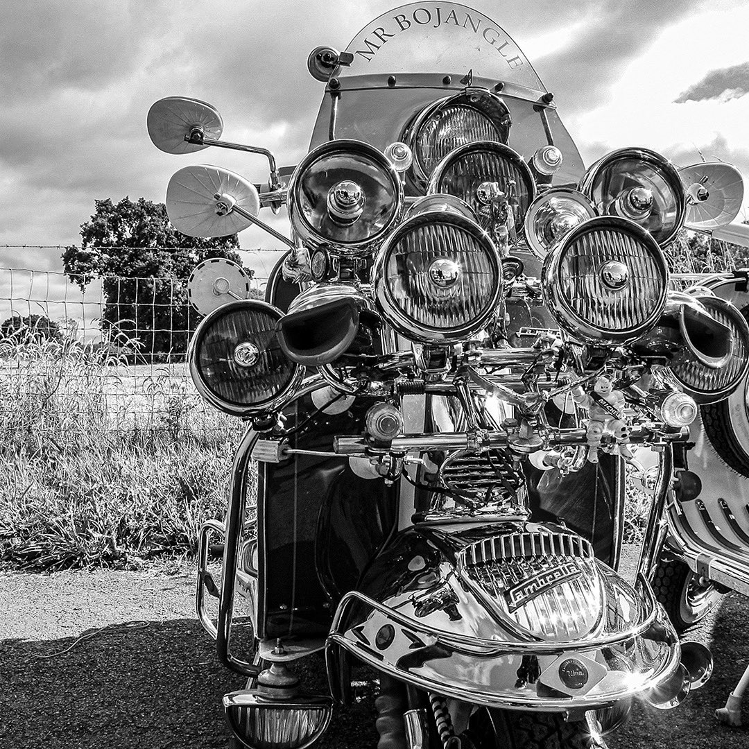 #madmodsandacamera Early days of my photographic project Awfully Pleasant SC Teme Vally Rally 2017. Truly beautiful scooters and the start of great friendships. #modernists #mods #vespa #lambretta #subculture #britishsubculture #picoftheday pic.twitter.com/0p5nYXxgIF