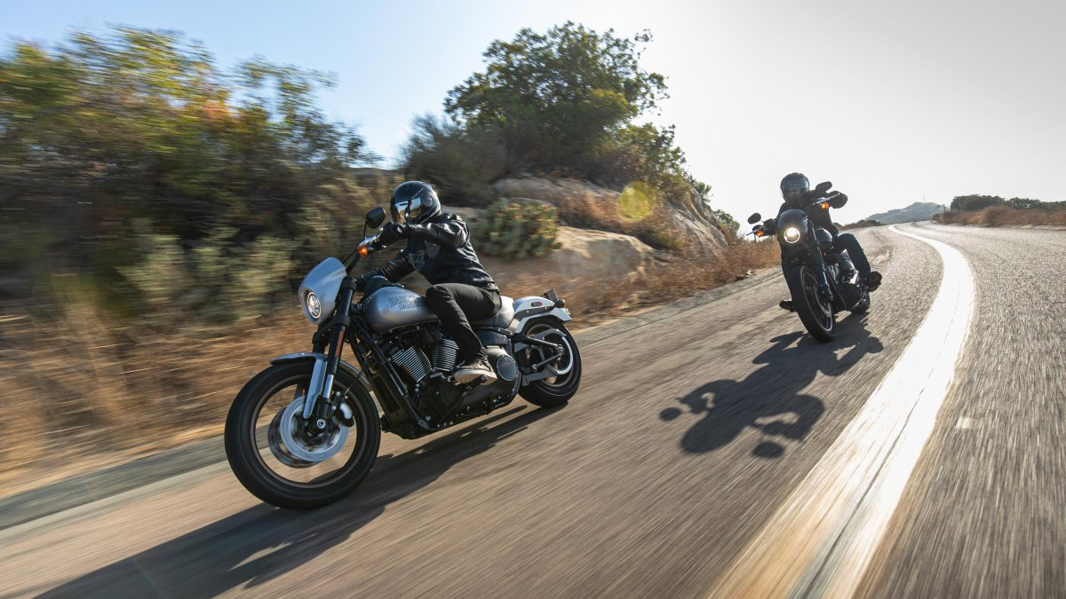 Who influenced you to start riding? Let us know down below   #HarleyDavidson pic.twitter.com/OFIQyme3ou