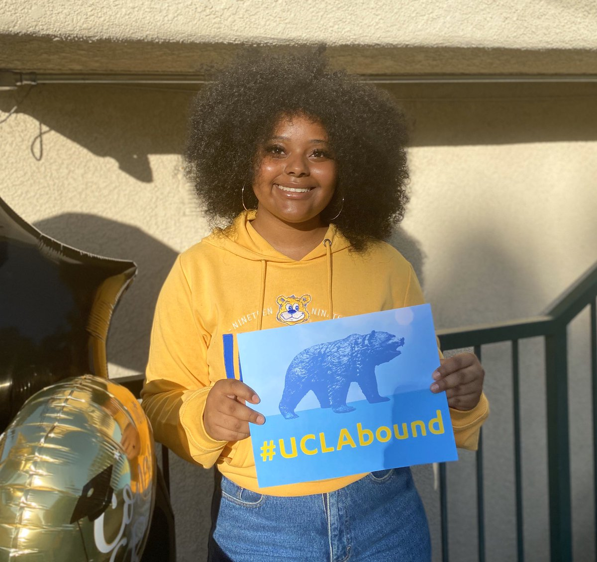 Two years ago I took a leap of faith and moved to California to chase my dreams. Today I am graduating from SWC with 3 associate degrees, a honors gpa, $5,000+ in scholarships and i'm transferring to the #1 public university in America. This is all a surreal feeling #uclabound 🙌🏾 https://t.co/vZiXeHQL3I