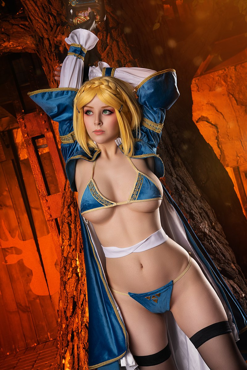 What is your favorite Legend of Zelda game? And why?  Last 10 days to get my Zelda Patreon exclusive set. Check https://t.co/jCztvPQn6Y for details! https://t.co/xZqH5GCXtE