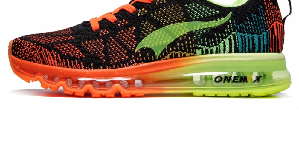 #glam #stylish Men's Shock Dampening Running Shoes pic.twitter.com/Wfi8AOHNjN
