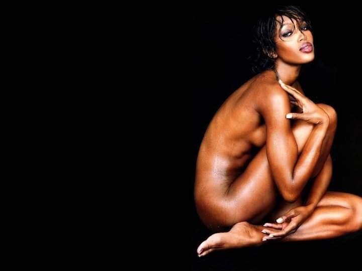 Happy birthday Naomi Campbell. #NaomiCampbell #supermodel pic.twitter.com/G4i6EYbDOF