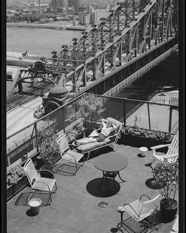 Whether it's a #rooftop, #fireescape, #stoop or #terrace, intrepid New Yorkers always seem to be able to carve out a spot to soak in some sun. Where will you be commemorating #MemorialDayWeekend?  Wurts Bros, 1941, Museum of the City of New York X2010.7.1.8029 #Iloveny #NYCpic.twitter.com/I0oaM4fRON