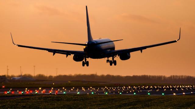 UK to mandate 14-day quarantine for travelers entering country beginning June 8 https://t.co/M3bsAYDlek https://t.co/EwgLGmP8QI