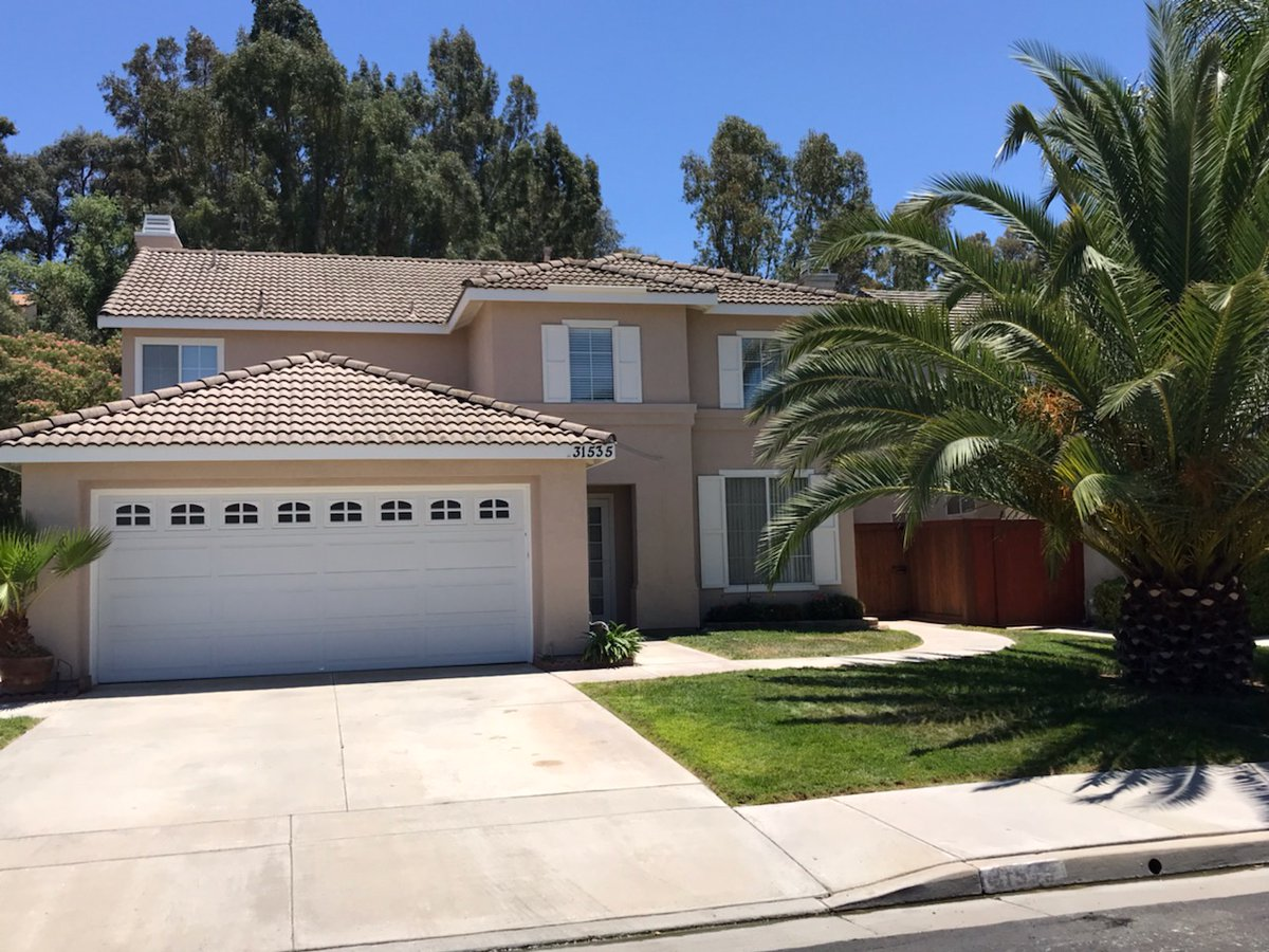 I am looking for a buyer on 31535 Loma Linda #Temecula #CA  #realestate http://tour.corelistingmachine.com/home/SSTF9V pic.twitter.com/8nDfgP8VW9
