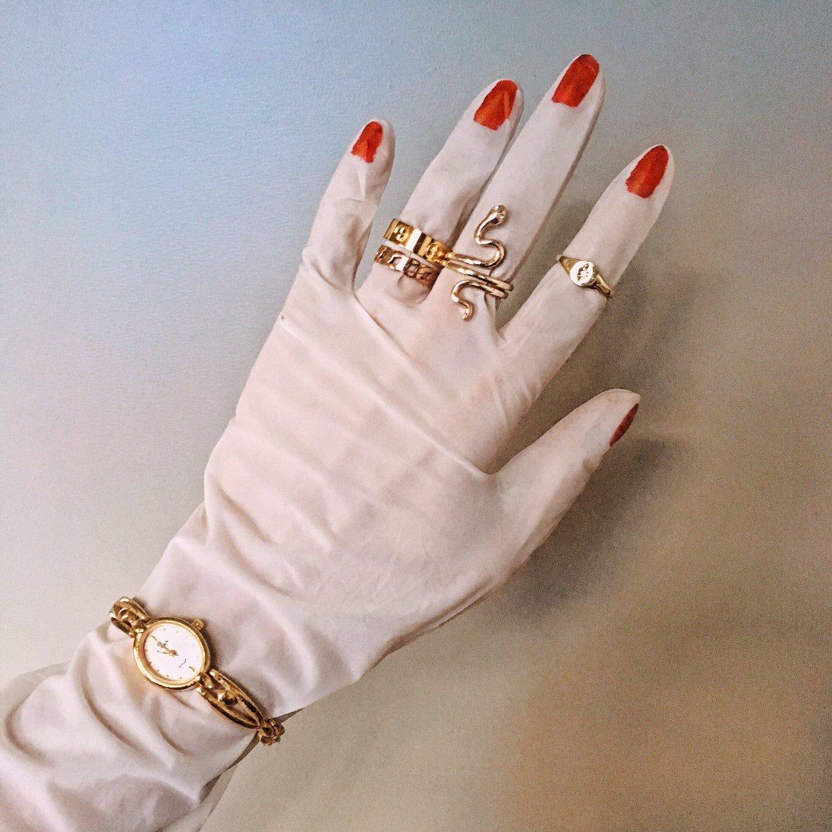 Best nails I got so far  jk! #quarantinemanicure #nailart pic.twitter.com/vP1DaaButa