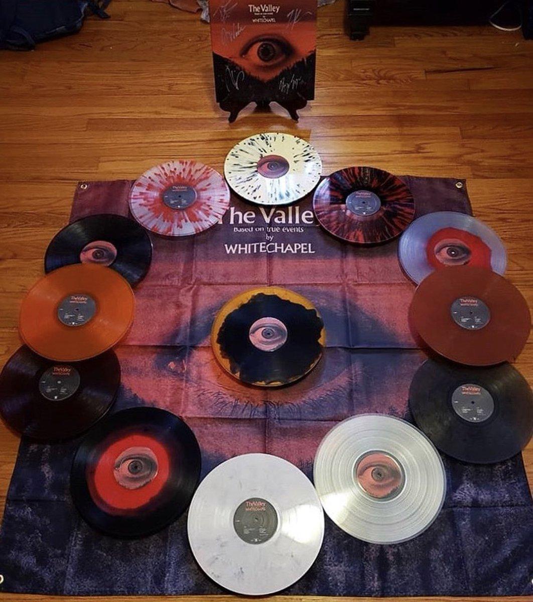 "Epic ""The Valley"" vinyl collection by @thevalleyofvinyl on Instagram!  @MetalBlade https://t.co/JLauZL2zhv"