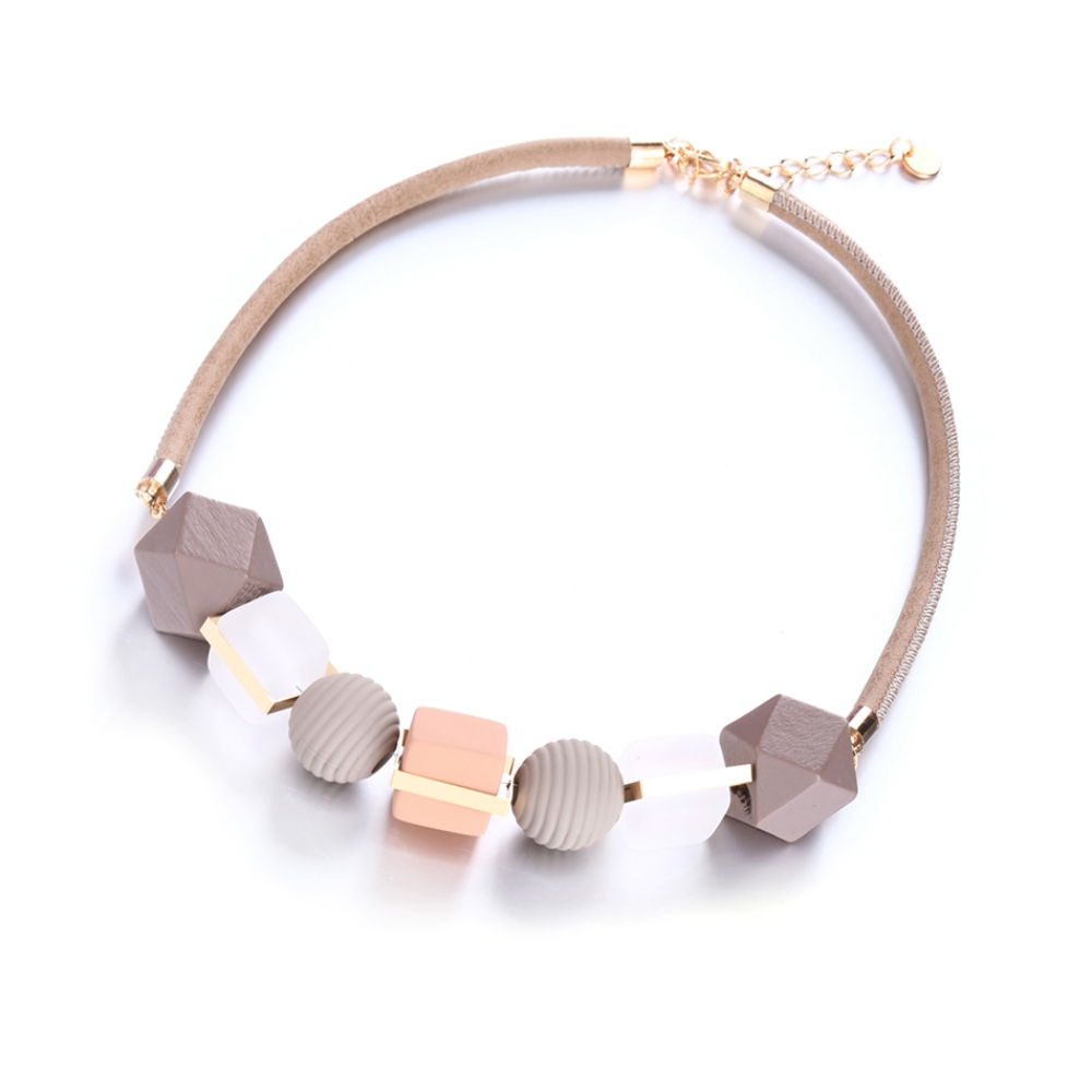 #ring #girly Women's Geometric Statement Necklaces pic.twitter.com/5VZiIIRAeP