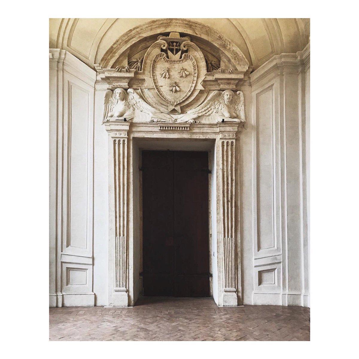 Roma  #palazzobarberini #arte #art #Roma #Rome #architecture #arquitectura pic.twitter.com/bT6kBK0wFY
