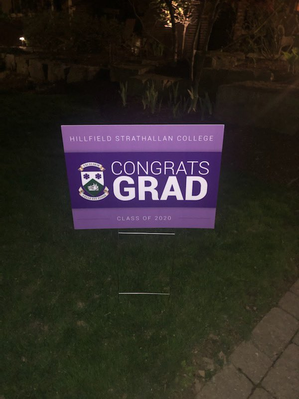 This was such a nice surprise to find tonight on our front lawn from @HillStrath! The school has gone above and beyond to make the term really special for all the Grade 12s, even though they can't be on campus. Thank you! and congrats to all the #HSCGrads2020 #HamOnt