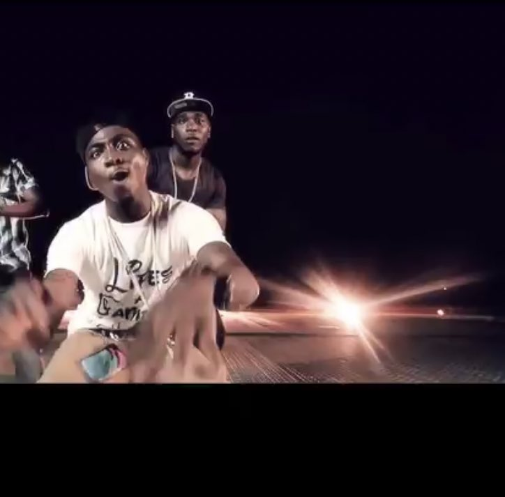 """janetho on Twitter: """"Did you guys know burna boy was a vixen in Davido's Dami Duro video?? 😂😂😂😂… """""""