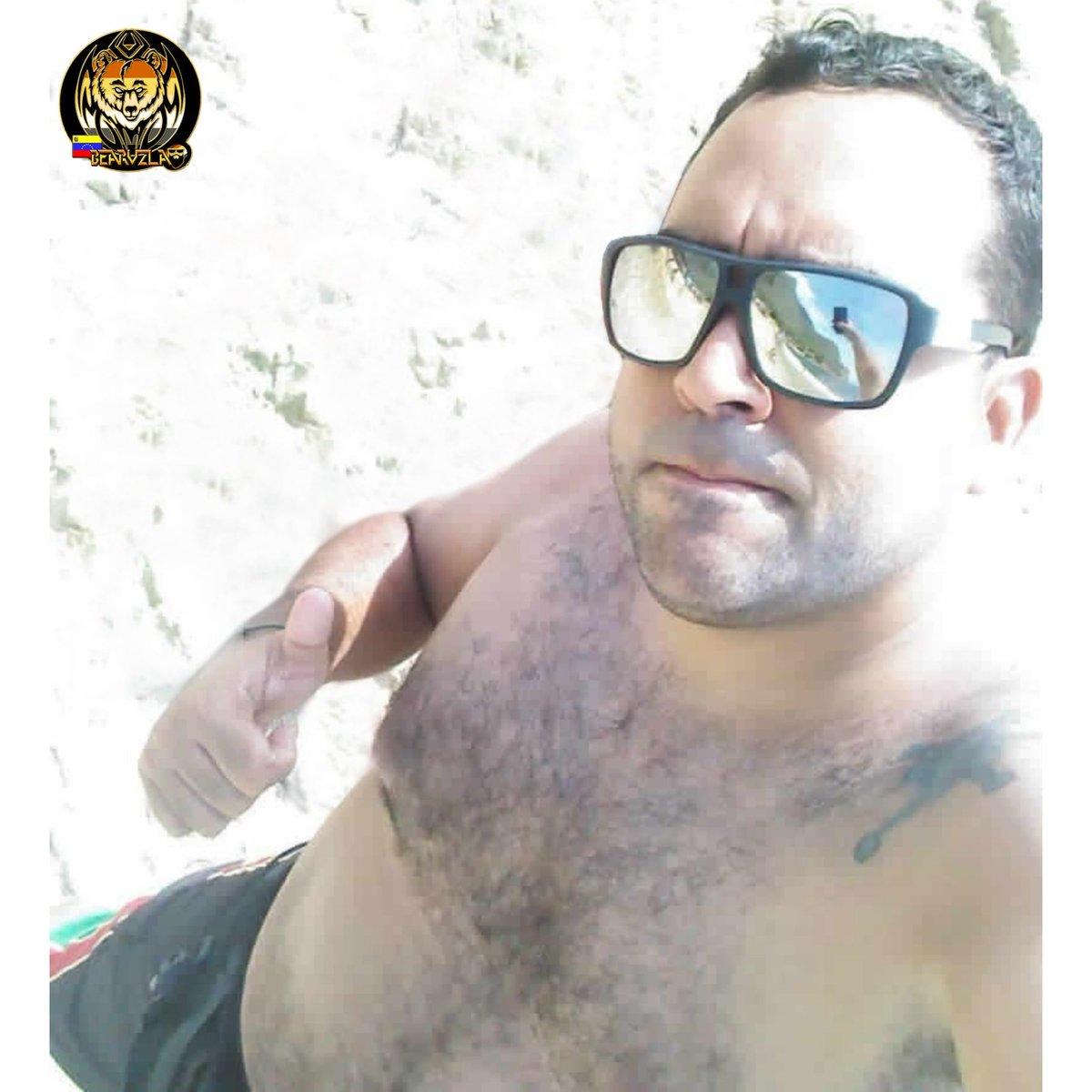 ☆ Foto Cortesia @manujm2020 ☆  De #caracas #venezuela#beardstyle #bearcub #BearsVzla #beard  Si quieres aparecer en nuestra Galería de Osos, Solo debes escribirnos al Privado  a través de nuestra cuenta de #instagram @bearsvzlapic.twitter.com/FJZpsOGH8S