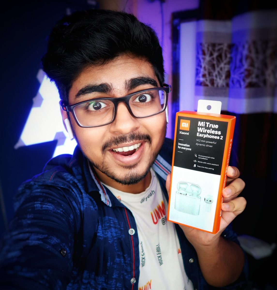 #Giveaway Time!  #Xiaomi mi true wireless Earphones 2  Rules:- 1.#Follow me on @TechnicalSkyin  2.#Like this post 3.#Repost this post  ALL DONE!  WINNER NAME WILL BE ANNOUNCED ON 1st june 2020  on my YouTube Channel's Story!  NOTE: This Giveaway is for INDIAN RESIDENTS ONLY!pic.twitter.com/FEyFV9zIOh