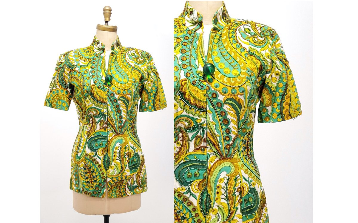 1980s beaded tunic top | 80s green, gold and white paisley zipper front top | size medium http://tuppu.net/b5526acf #retrouverbiz #vintageclothing #fashion #sustainable #Vintagelifestyle #onlineshopping #vintagefashionpic.twitter.com/jUm9jqJGqm
