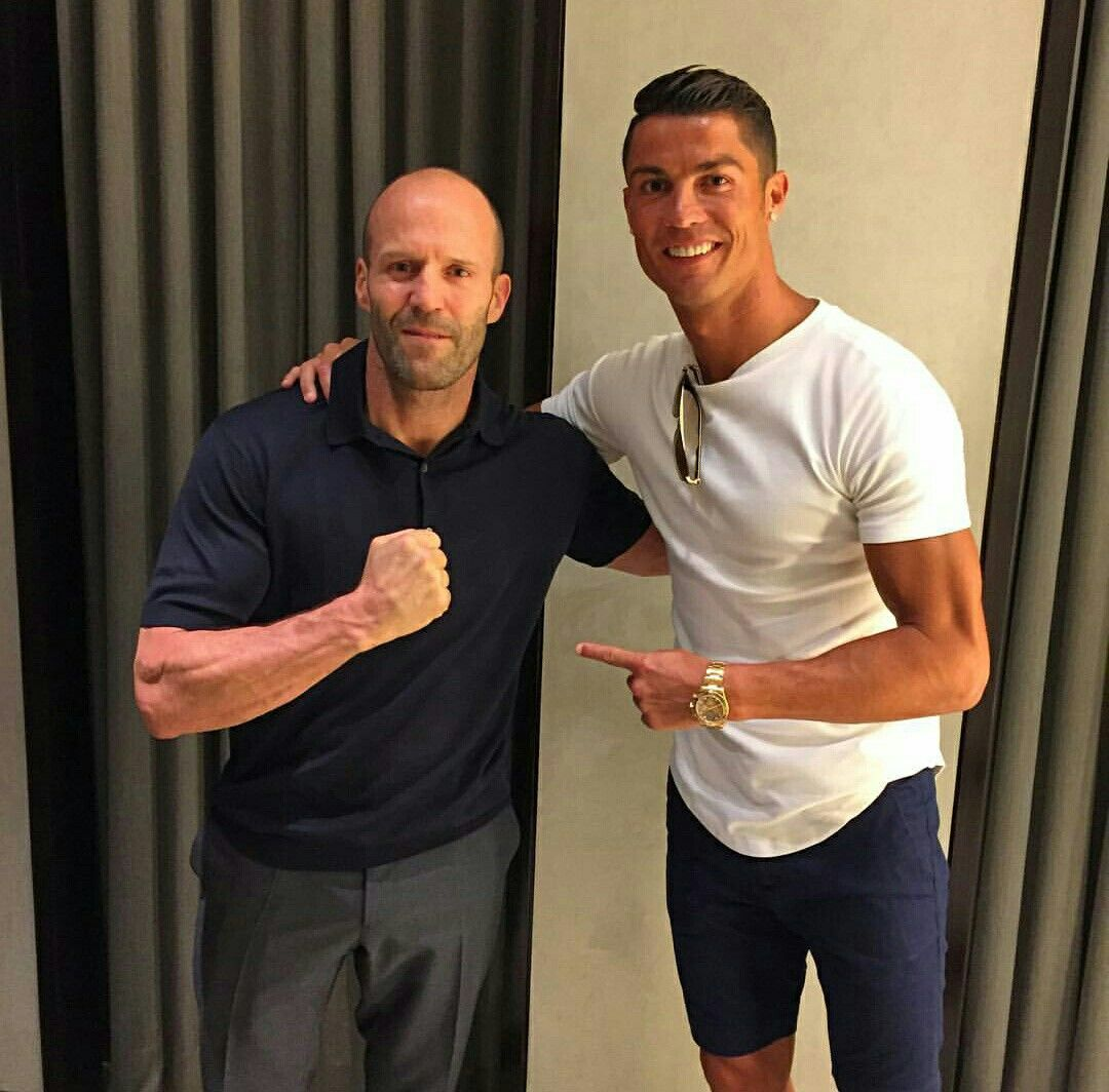 "English actor and film producer Jason Statham:  ""Cristiano Ronaldo is the most hardworking athlete. He is the best football player ever."" <br>http://pic.twitter.com/RmKxgrbA8j"