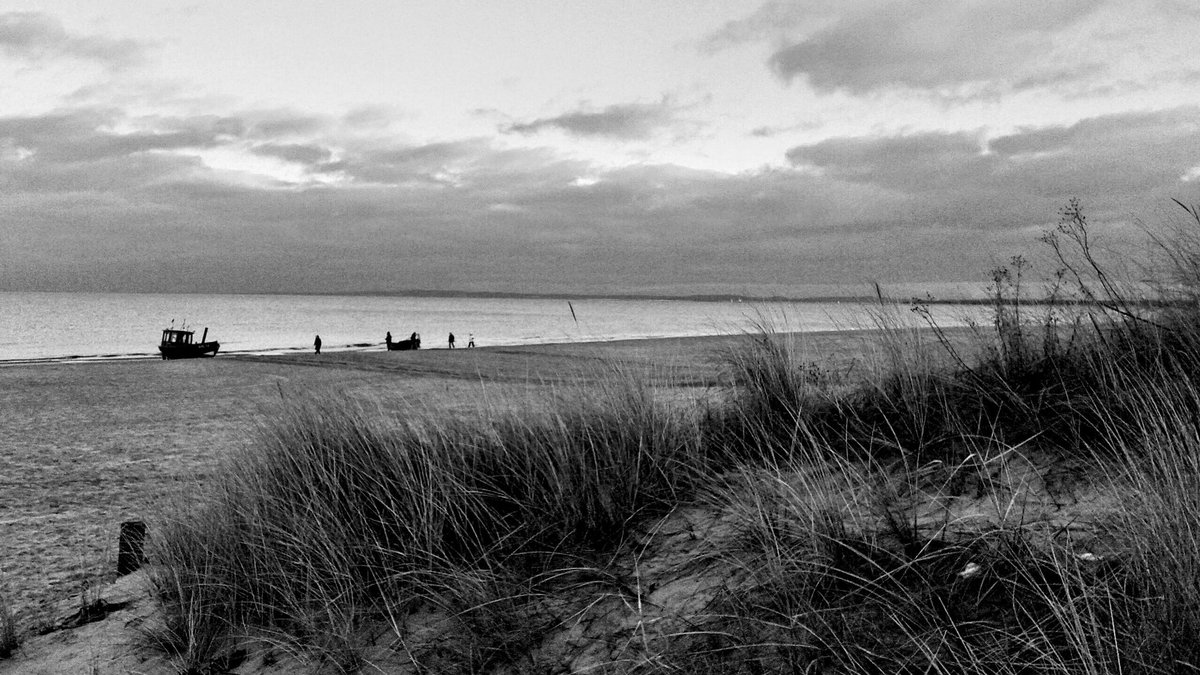 A calm sea does not make experienced seafarers  #balticsea #photography #blackandwhite #monochrome #photopic.twitter.com/cnb37whKFV