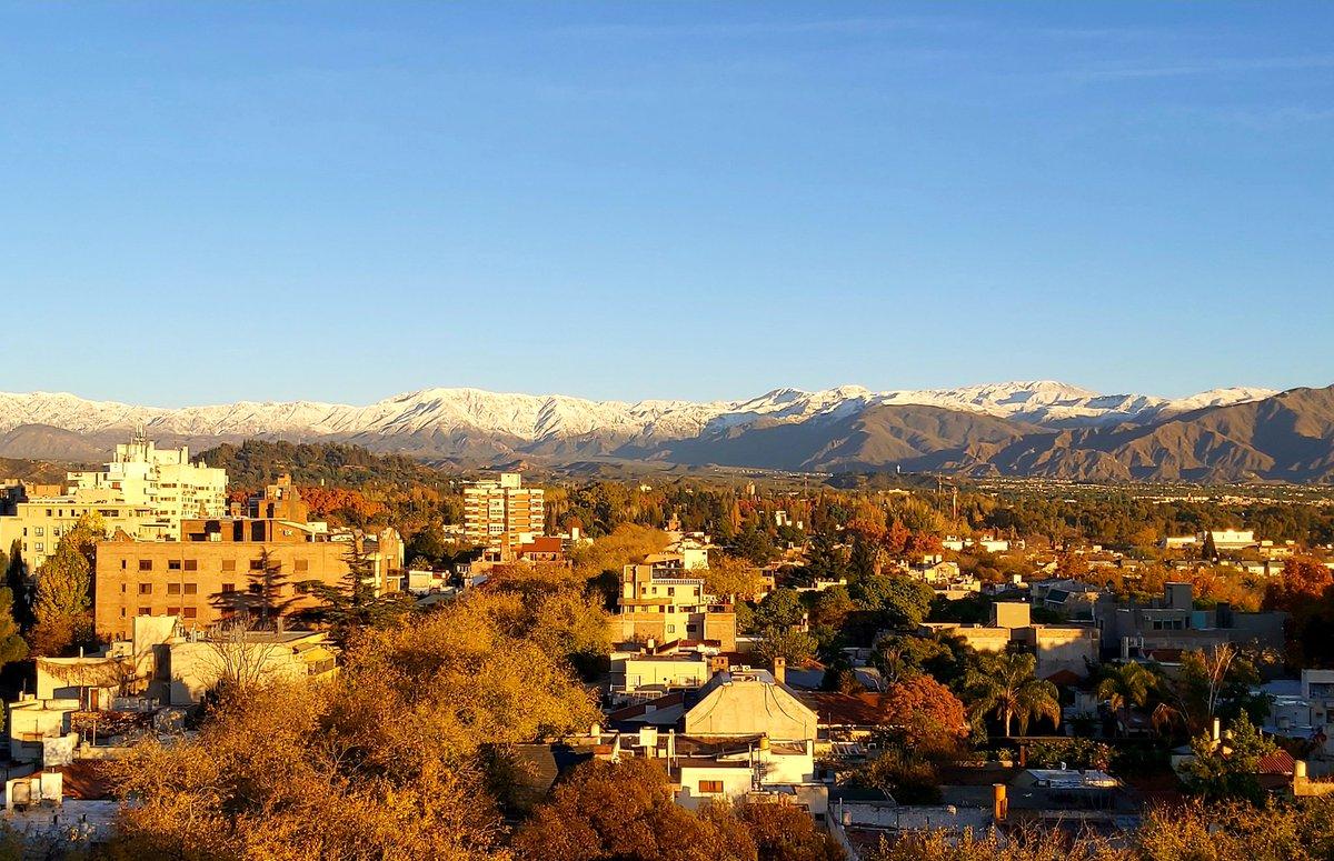 #Mendoza #Otoño pic.twitter.com/jb0S7bWarI