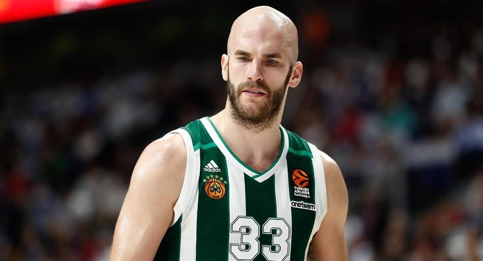 Per @nikosvarlas Nick Calathes è l'obiettivo numero 1 del #Barcellona per il ruolo di playmaker!  I blaugrana però non hanno ancora fatto un'offerta e c'è la concorrenza di Zenit (anche su Shved), del CSKA Mosca, del Real Madrid e dell'Efes se Micic va in #NBA ai #76ers. https://t.co/Cog3uezXkO