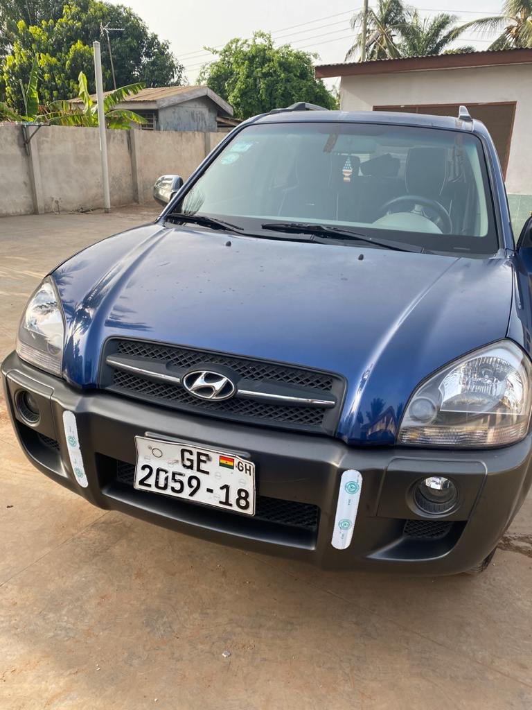 New Deal!!!  Hyundai Tucson V6  2006 model  Automatic transmission  Diesel Mileage: 2716882 km  Price: Ghs 35000 #ESghana #Ghana #Weekend #Hyundai #Cars #CoolDeals  #Exprex #ESAssociatespic.twitter.com/MG5tgqLFdb