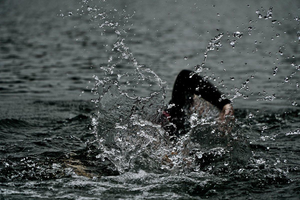 Les #aigüesobertes és a la #natacio com les curses de muntanya a l'#atletisme  #girona #costabrava #incostabrava #catalunya  📷 Thomas Dils/ @unsplash https://t.co/MRljhEibVm