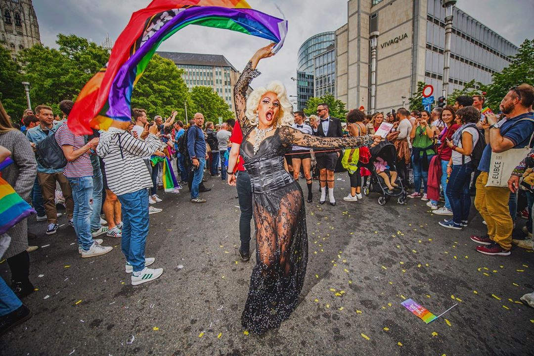No #belgianpride in Brussels street's today but let's show #WeCare and flood social media with pride. Share your own photo with the world this Saturday, use the hashtag #WeCare. #pride #belgianpride #lgbt #brussels #belgium #rainbow #brussels #belgium #bxlove 📸 @EDanhier https://t.co/WucBYZ6KvI
