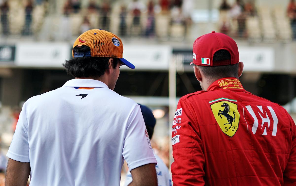 Ferrari approached Sainz over the winter to replace Vettel  Full story 👉 https://t.co/2PYlfjBlFh  #f1 #ferrari #sainzjr https://t.co/HUTIV1vgCG