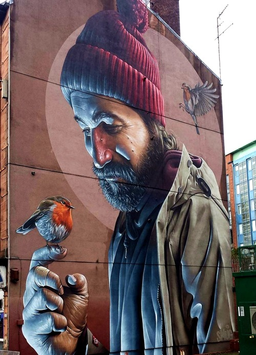 ... we protect the weakest, we will come out stronger. We love in trust  Art by Smug One in Glasgow #StreetArt #Art #beauty #Hope #birds #Love #Glasgow #Humanity #UrbanArtpic.twitter.com/1q1tRZNgPe