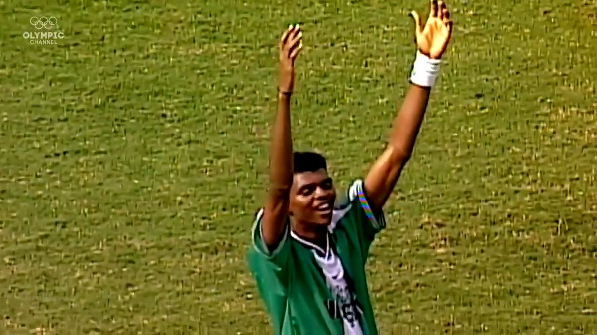 #OnThisDay in 1996, Ariel Ortega went down with barely a touch, as Argentina went 2-1 up. Goals from Amokachi & Amunike turned it around for the #DreamTeam, who became 1st African nation to win an Olympic GOLD in Football! Nigeria's best Football moment!! https://t.co/MTtx2qDEhe