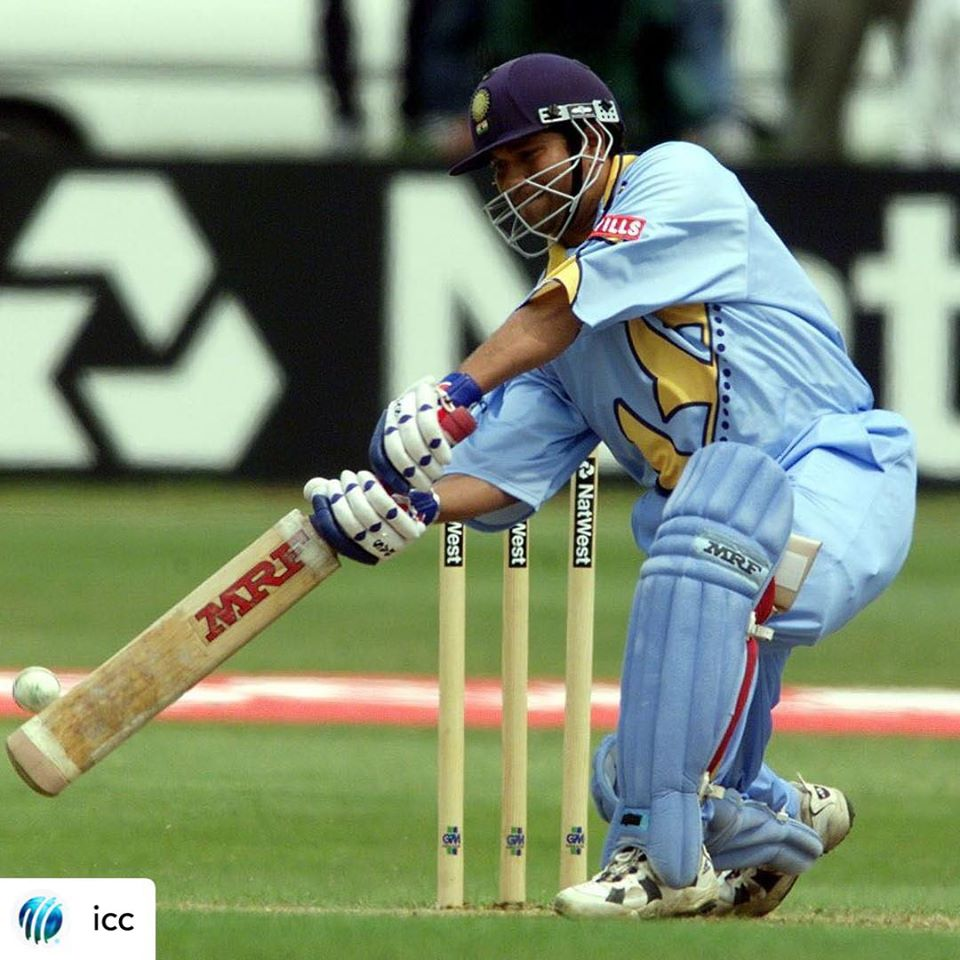 #OnThisDay 21 years ago, after completing his father's last rites, @sachin_rt flew back to  and scored a fantastic 140 against  at the 1999 @cricketworldcup!   From this day, the Master Blaster made it a habit to look up to the heavens every time he completed a milestone  <br>http://pic.twitter.com/5f8zXaRtFD