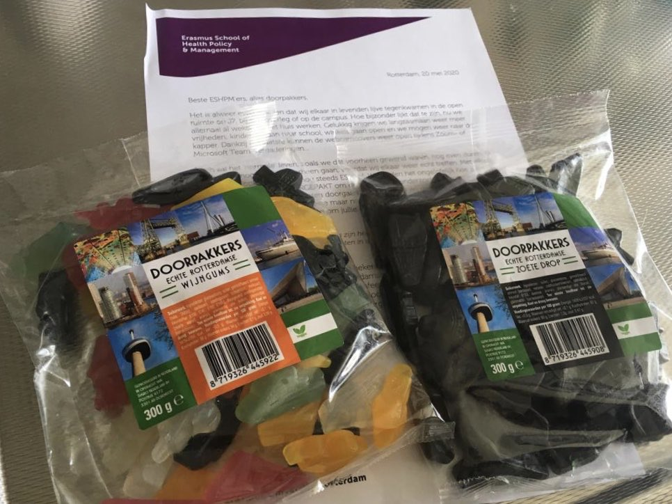 This time @ESHPM_EUR really overdid themselves. Purple socks last time, this time wine gums and liquorice. They really know me too well🤔🤤 #employeroftheyear https://t.co/ZPkLGegsG1