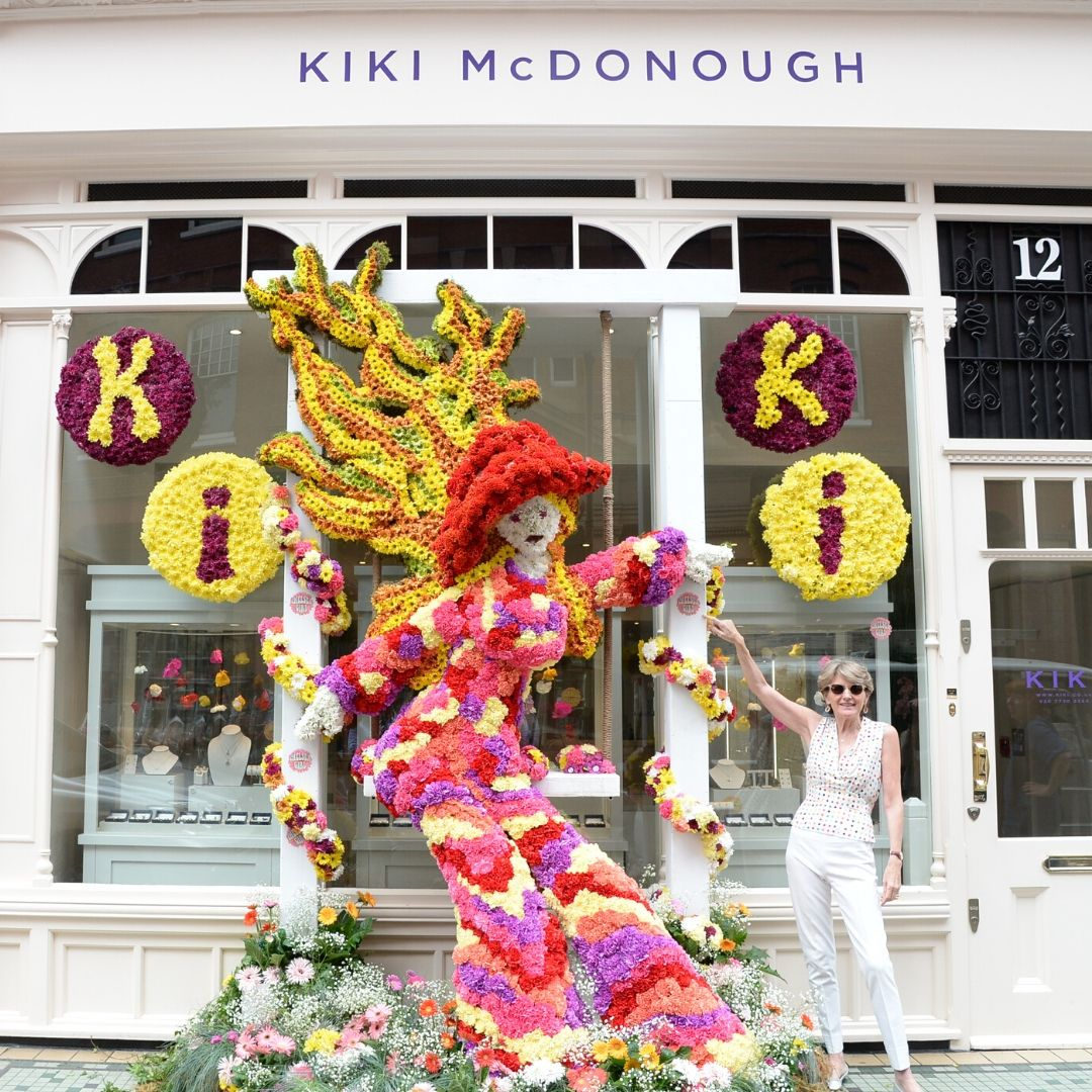 Our 2018 Chelsea in Bloom theme was the Summer of Love. Kiki's memories of the Kings Road in her teens inspired our fashionista Chelsea Girl - can you see the resemblance?!⁠ #jewellerydesigner #chelseainbloom #rhschelsea ⁠  #london #luxury #flowers #luxuryliving #photooftheday