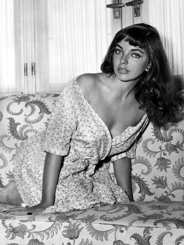 Happy Birthday goes out to Joan Collins who turns 87 today.