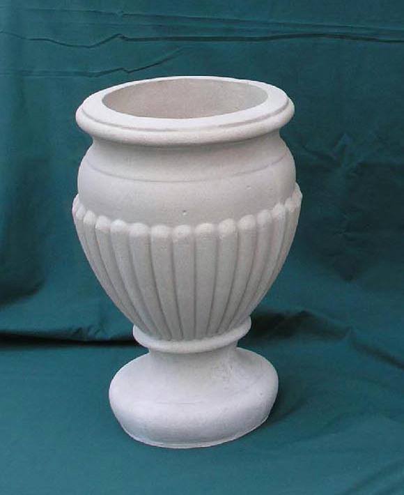 Classic Handmade Urn, made in #SheptonMallet #Somerset #UnitedKingdom pic.twitter.com/zCWa5jyRLc