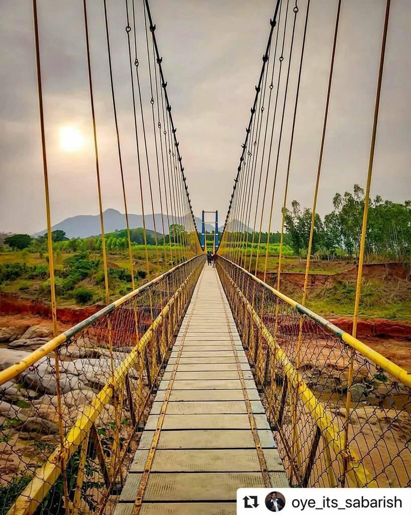 #bhubaneswarbuzz pic courtesy  @oye_its_sabarish ・・・ I got that sun in my frame @Jhula Bridge, Rayagada Follow me @oye_its_sabarish . #stayhomestaysafe  Stop #coronavirus . . #travelrealindia #storiesofindia #sonyalphain #mypixeldiary #photographers_of_india #indianphot…pic.twitter.com/JFcrcYxF8S