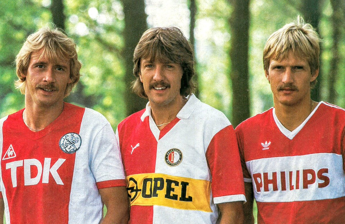 Traditionele Top 3  (1984)  #Feyenoord #afcajax #psv pic.twitter.com/UErZMnei4S
