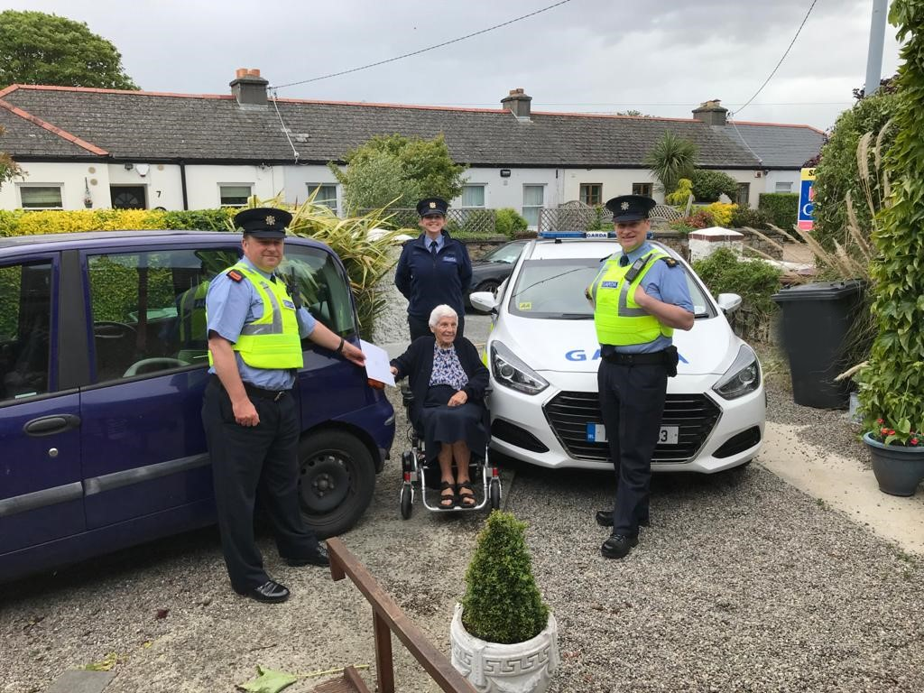 100 years young today!!!  Meadbh Ui Colmain was joined by members of Blackrock Gardaí to celebrate her 100th birthday and presented her with her Centenarian Bounty from President Higgins.   #HappyBirthday<br>http://pic.twitter.com/Ir9hjGvFHY