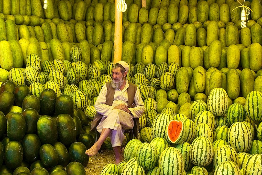 Watermelons sale in Kabul.  Luscious!  <br>http://pic.twitter.com/YKoce4lwMc