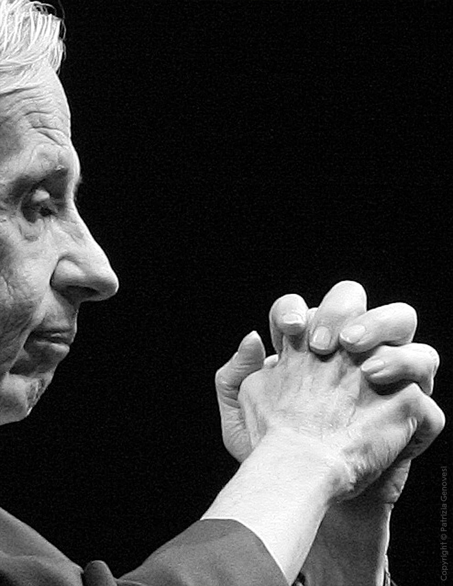 Today we remember John Nash, who died alongside his wife four years ago in a car crash. Nash, who inspired the film 'A Beautiful Mind', was awarded the Prize in Economic Sciences in 1994 for his work on game theory.  #NobelPrize https://t.co/wZ66AJni9E