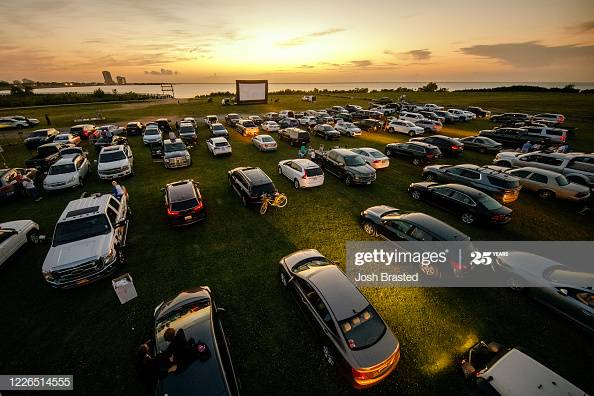 """A pop-up drive-in theatre at Bucktown Marina Park in Metairie, Louisiana played the movie """"Grease"""" this week. What movie would you go to the Drive-In for?  More  #DriveInMovies   https://bit.ly/2A5TFPa #DriveIn #PopUp #Grease #DriveInCinema pic.twitter.com/mbFzZV2kkp"""