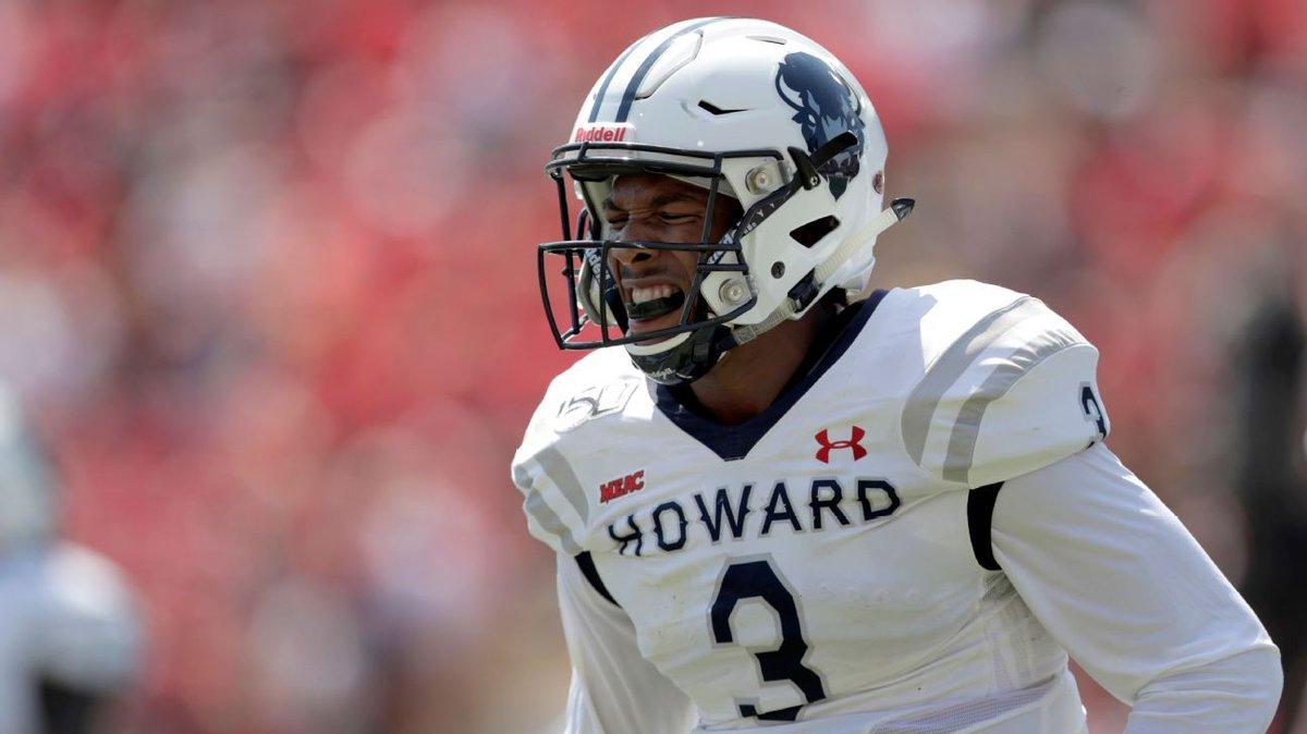 QB Caylin Newton follows Cam's path to Auburn  http:// dlvr.it/RXDqkd    <br>http://pic.twitter.com/CjCA1lTEbd