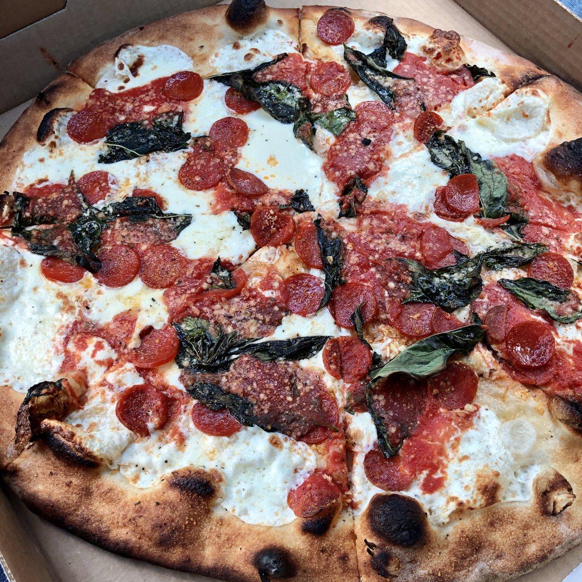 Grimaldi's, Brooklyn #pizzachat